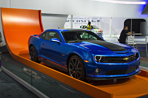 Hot Wheels Camaro comes before 2015 Corvette Design packages