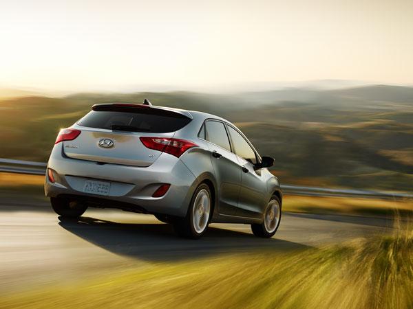 Hyundai Unveils 2014 Elantra
