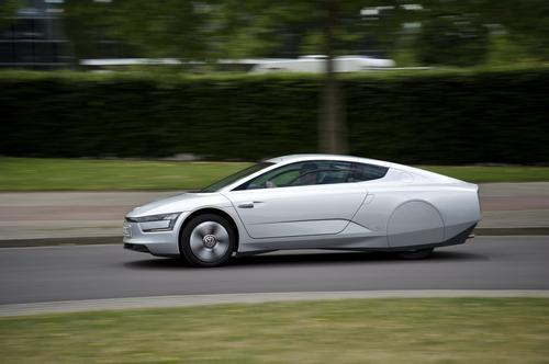 VW XL1 white