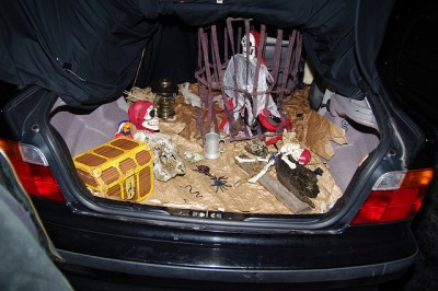 How to Organize a Trunk or Treat pirate