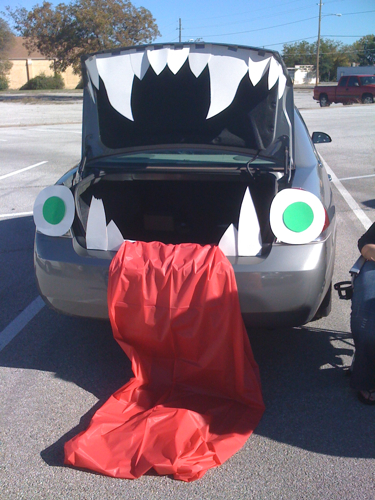 trunk or treat decorations