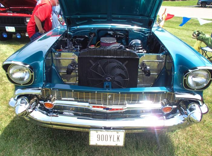 1957 Chevy Bel Air Engine