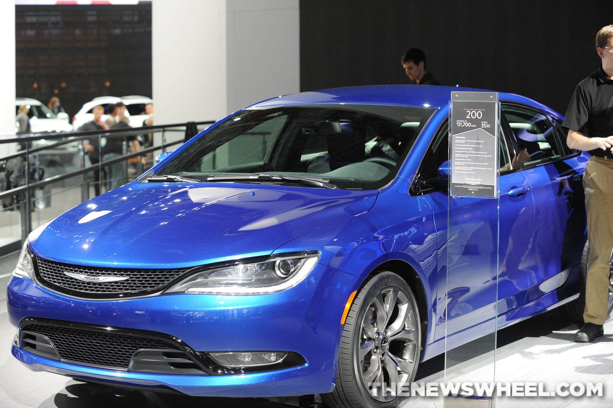 Chrysler NAIAS Display: 200 sedan