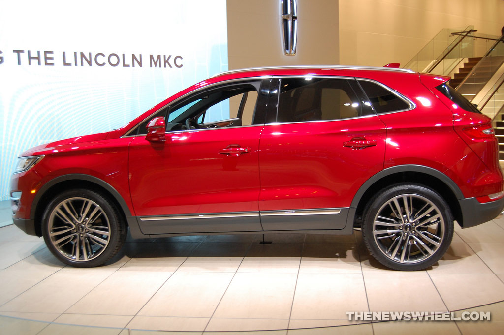 Lincoln NAIAS display: MKC