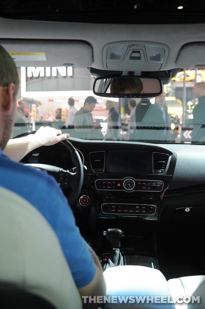 NAIAS Luxury Car Seats: Kia Cadenza