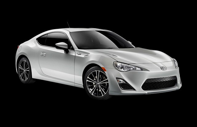 2014 Scion FR-S Safety Ratings