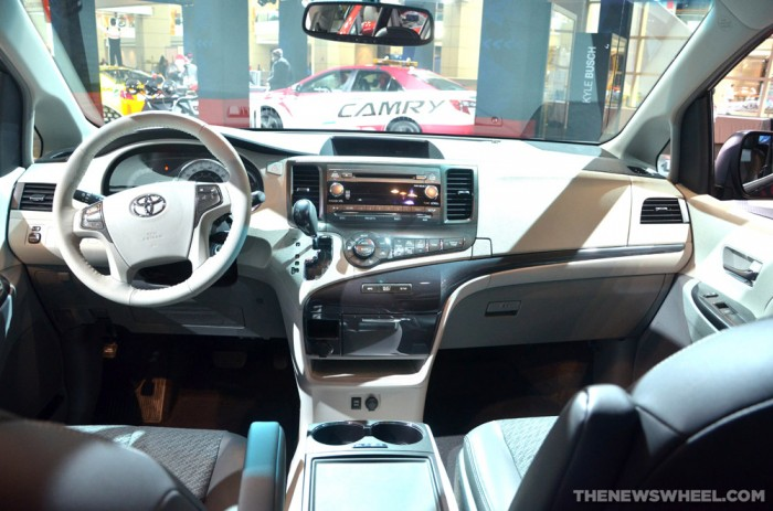 KBB Names 2014 Toyota Sienna Best Family Car