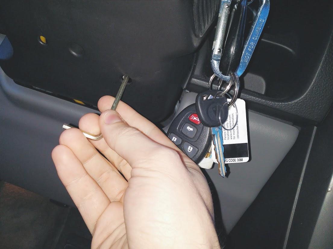 Car – Key Stuck in Ignition: Pontiac Aztek - The News Wheel Under Seat Wiring Harness Pontiac Aztek on