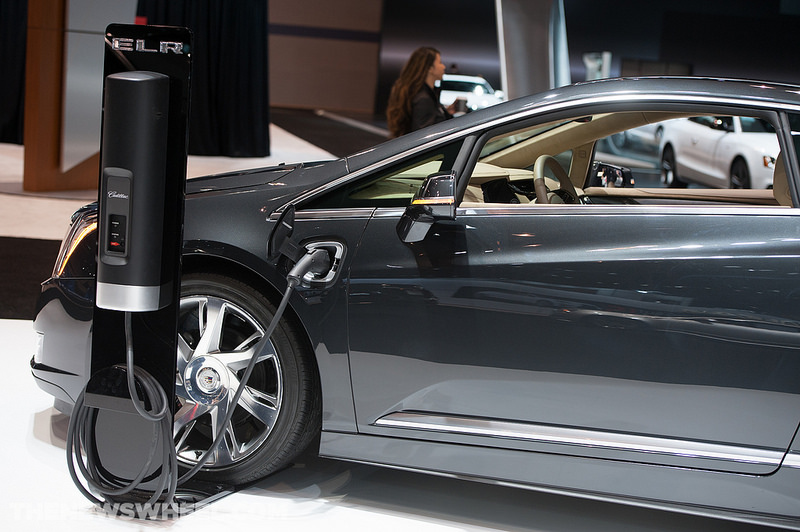 Cadillac is offering a complimentary home charging station to those who are among the first purchasers of the vehicle.