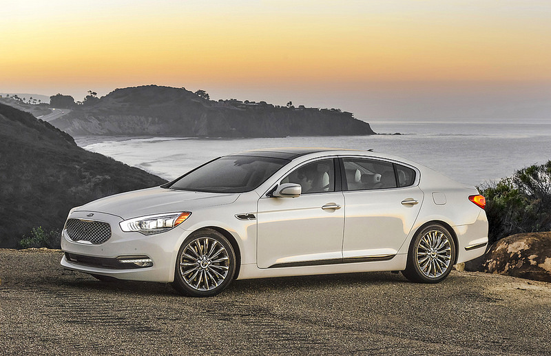 Kia's K900 tech and safety has lots to offer today's consumers.