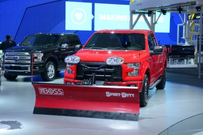 F 150 Snow Plow Prep Option Takes On Jack Frost The News Wheel