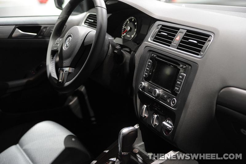 2014 Volkswagen Jetta TDI Overview: Dashboard