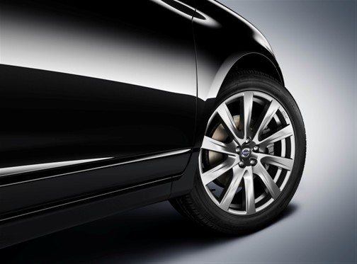 XC60 Avio 20-inch Wheels Inscription Package