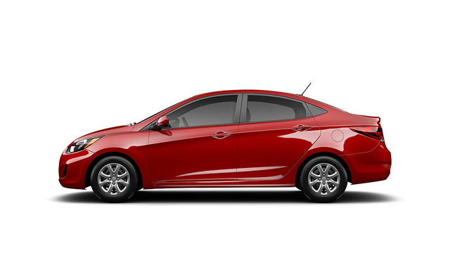 2013 Hyundai Accent Overview