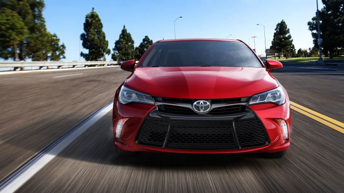 should you buy the 2014.5 or 2015 Toyota Camry