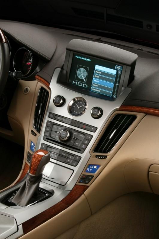 2013 CTS sedan console