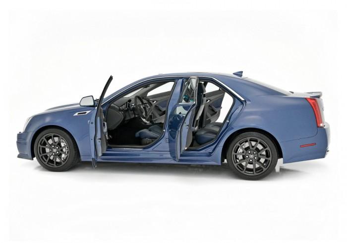 2013 CTS sedan stealth blue