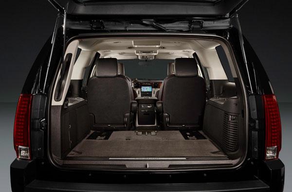 2013 Cadillac Escalade ESV cargo