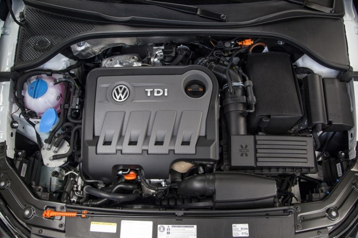 2013 Passat engine