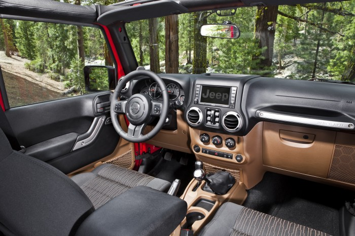 2013 Jeep Wrangler Unlimited overview