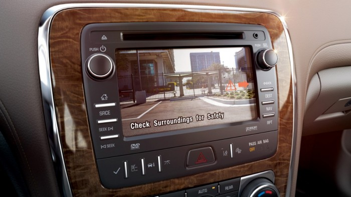 Buick's rearview camera on the Enclave