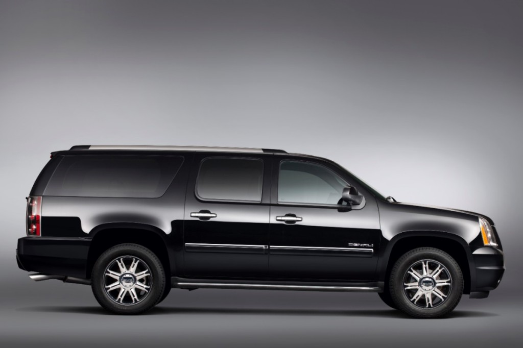 2014 GMC Yukon XL Overview - The News Wheel