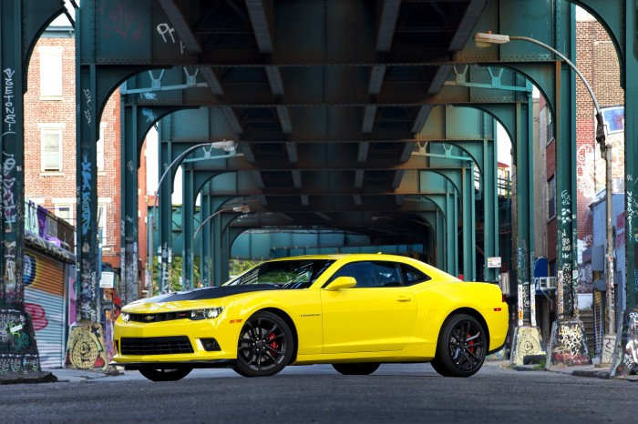 Camaro Sold Better than the Mustang