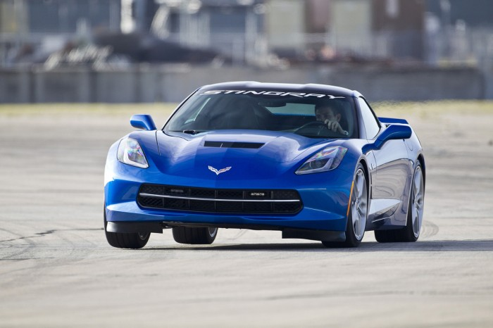 2015 Corvette Stingray VIN 001 to be Auctioned for Charity