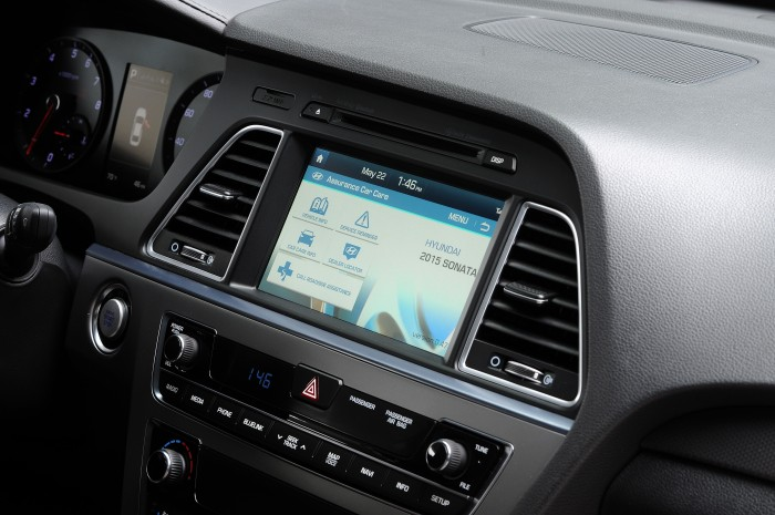 The 2015 Sonata Blue Link system will feature destination search, powered by Google.
