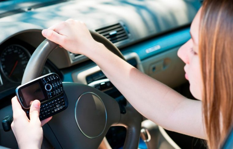 Texting and driving | What Constitutes Distracted Driving?