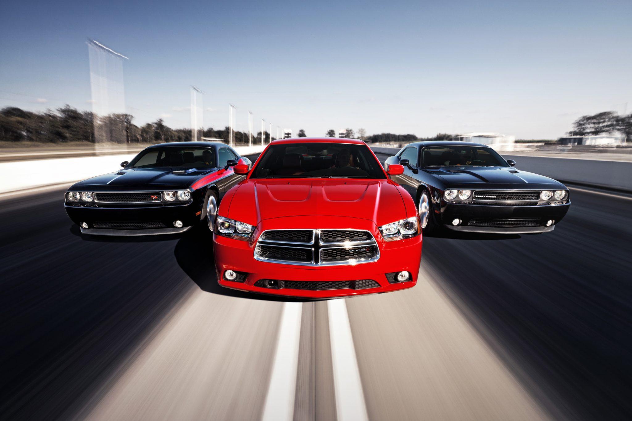 2013 Dodge Challenger Overview