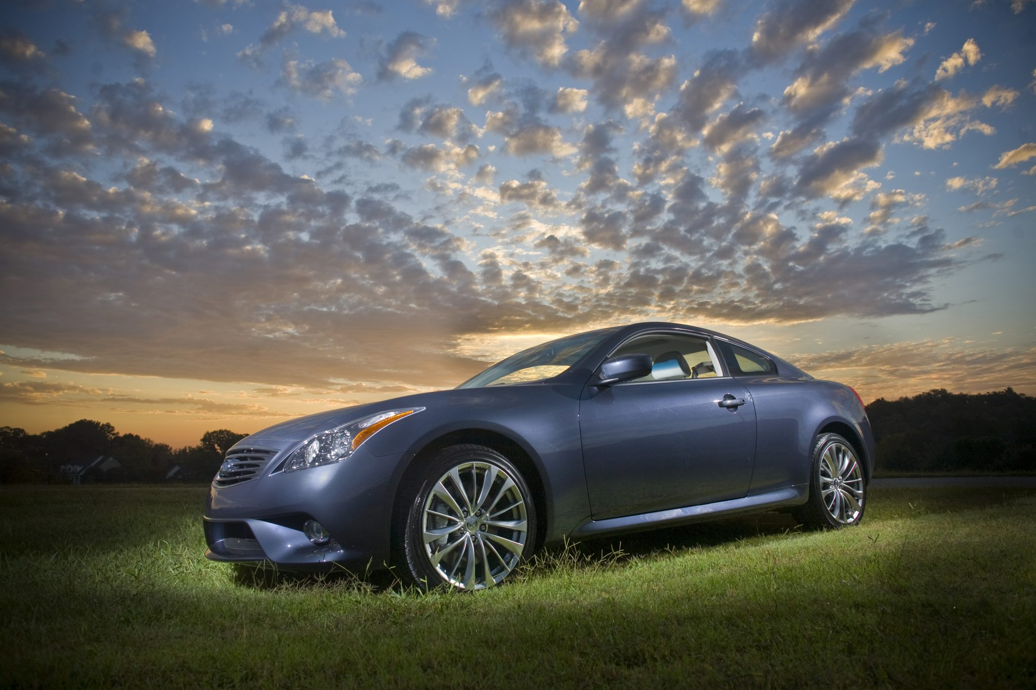 The 2013 Infiniti G37 Coupe overview