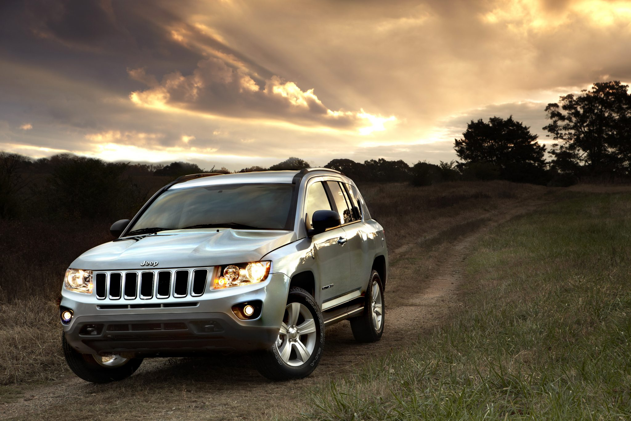 2013 Jeep Compass Overview