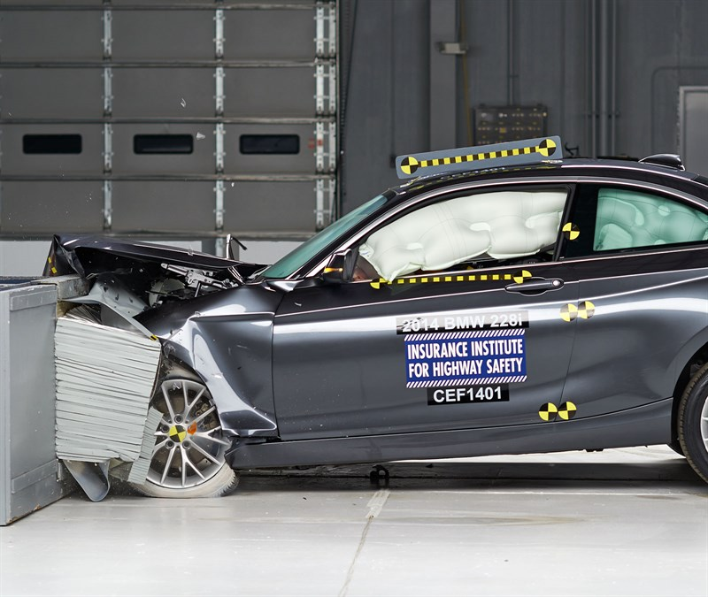 BMW 2 Series Earns 2014 Top Safety Pick+ from IIHS