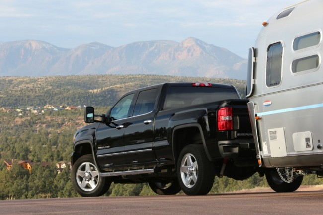 2015 GMC Sierra 3500 HD | Ultimate Heavy Duty Challenge