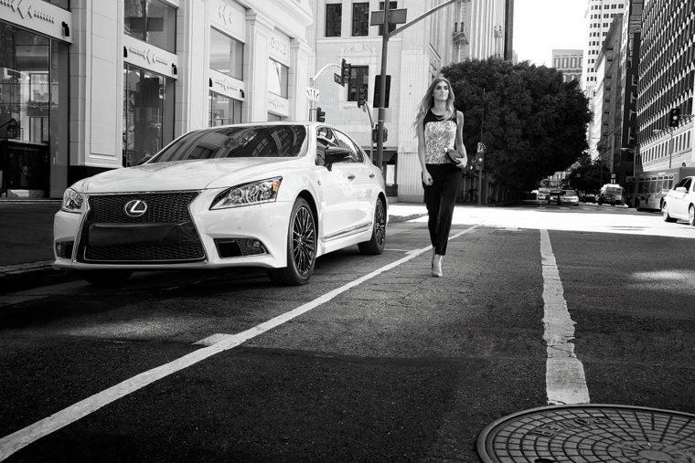 2015_Lexus_Crafted_Line_LS_002