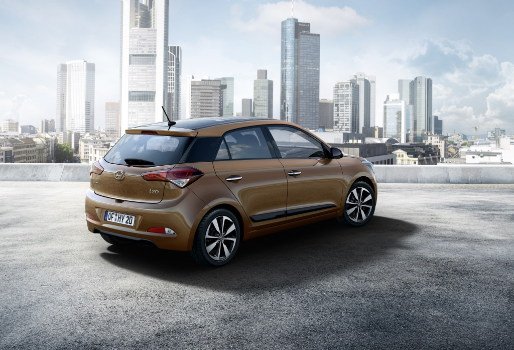 Images of the New Generation Hyundai i20 rear outdoor bronze