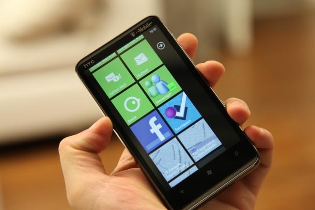 Augmented Driving App on Smart Phone Windows 8