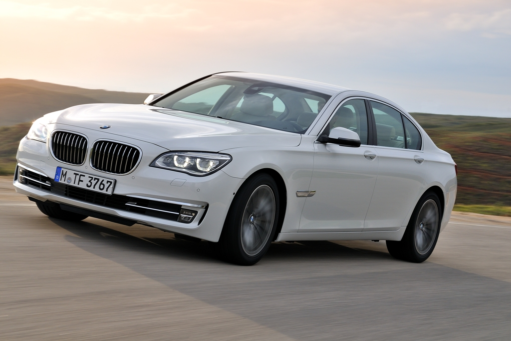 new BMW 7-series 2012 white outdoor driving exterior