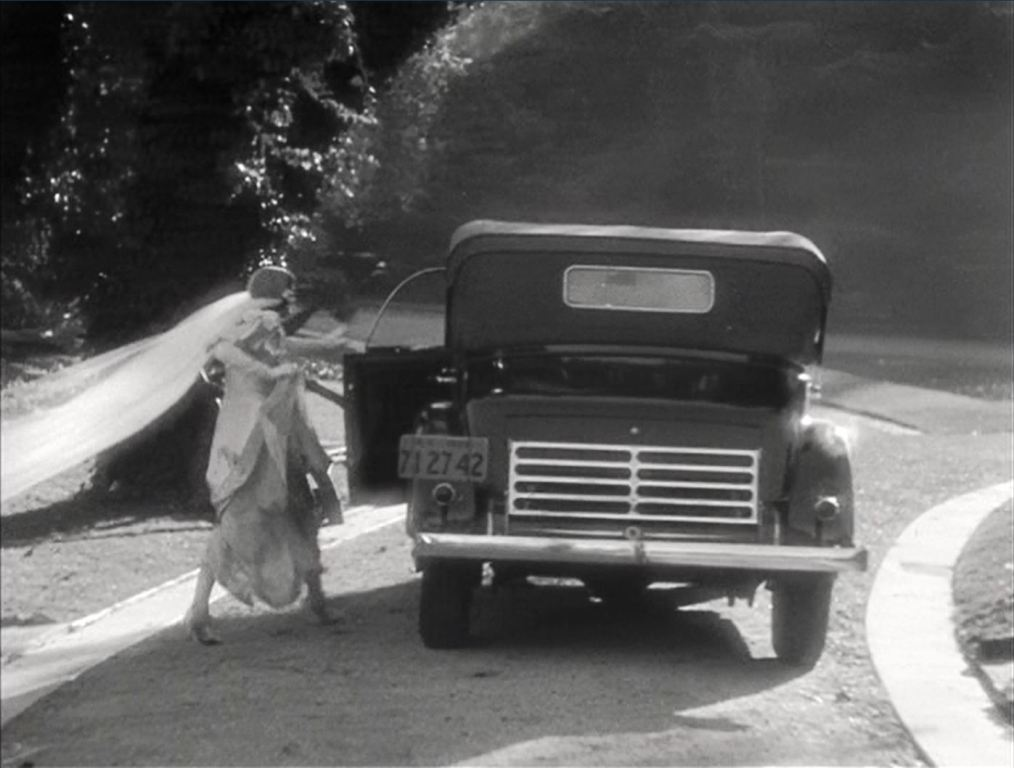 It Happened One Night Review classic road trip film 8