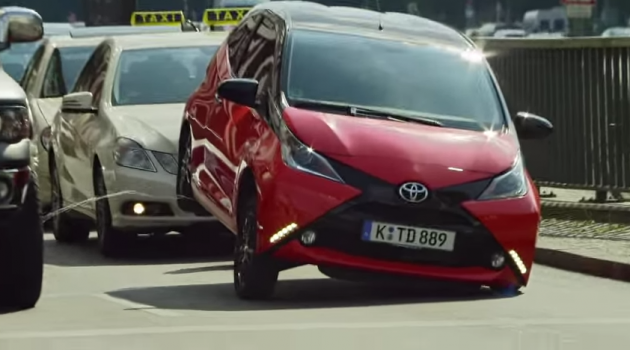 Toyota Aygo peeing commercial