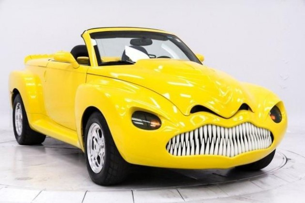 Introducing the Chevy dinoSSaur (aka a Chevy SSR)