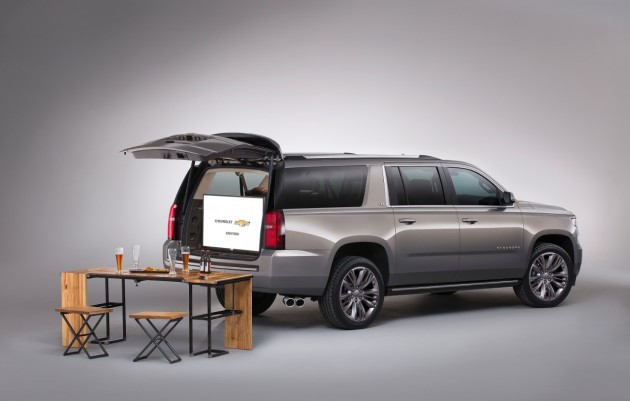 Chevy's Truck and SUV SEMA Concepts: Suburban Premium Outdoors Concept