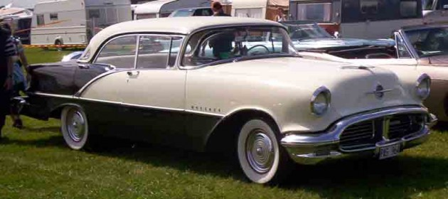 Oldsmobile_88_Holiday_1956 DC-licensed Batmobile Being Auctioned
