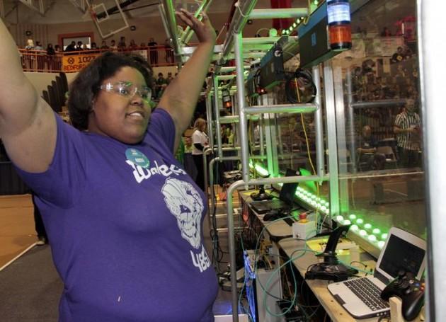 GM engineer starts all-girls FIRST Robotics team
