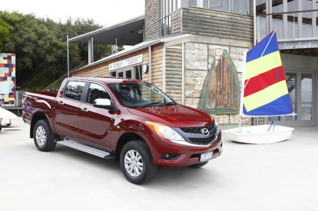 New Mazda BT-50 2010 Red exterior