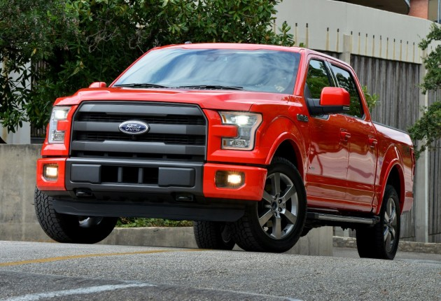 Ford Wins Four 2014 IHS Automotive Loyalty Awards