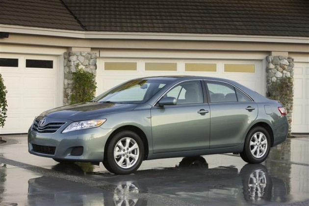 Toyota Replacing Sticky Dashboards The 2010 Camry