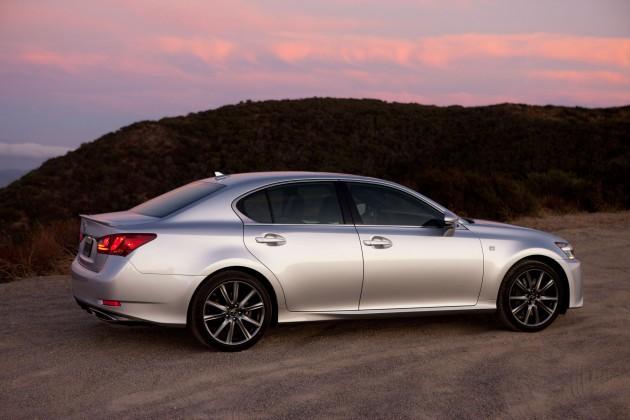 Kbb Com Cars Value >> 6 Lexus Cars Win Kbb Com S Best Resale Value Awards The