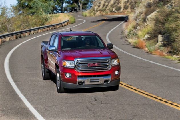 The 2015 GMC Canyon comes with a couple engine options.
